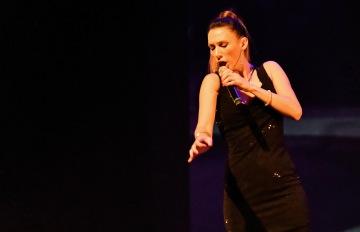 Melisa Fernández I MEL cantante